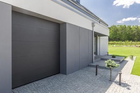 Bien choisir sa porte de garage ?